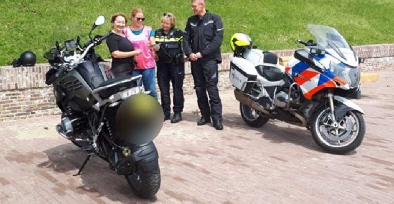 Motorrijdersvriendelijke flyer-actie in Schoonhoven