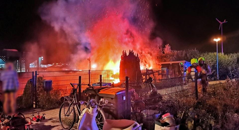 Inzamelingsactie voor door brand getroffen woonbootbewoners