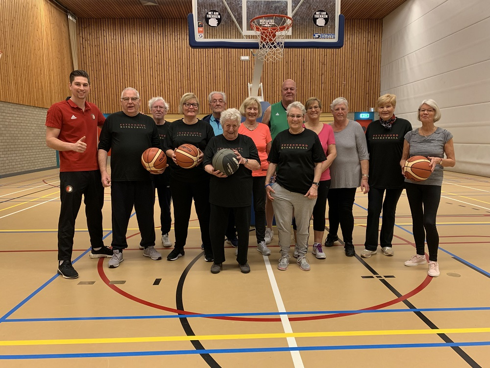 Walking basketball van start in Krimpen