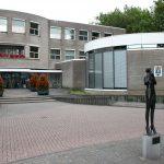 College koerst aan op nieuw duurzaam gemeentekantoor
