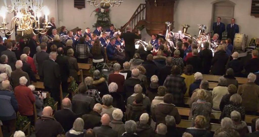 Volkskerstzang in kerk Bergambacht