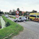 Auto van de weg bij De Hem Schoonhoven
