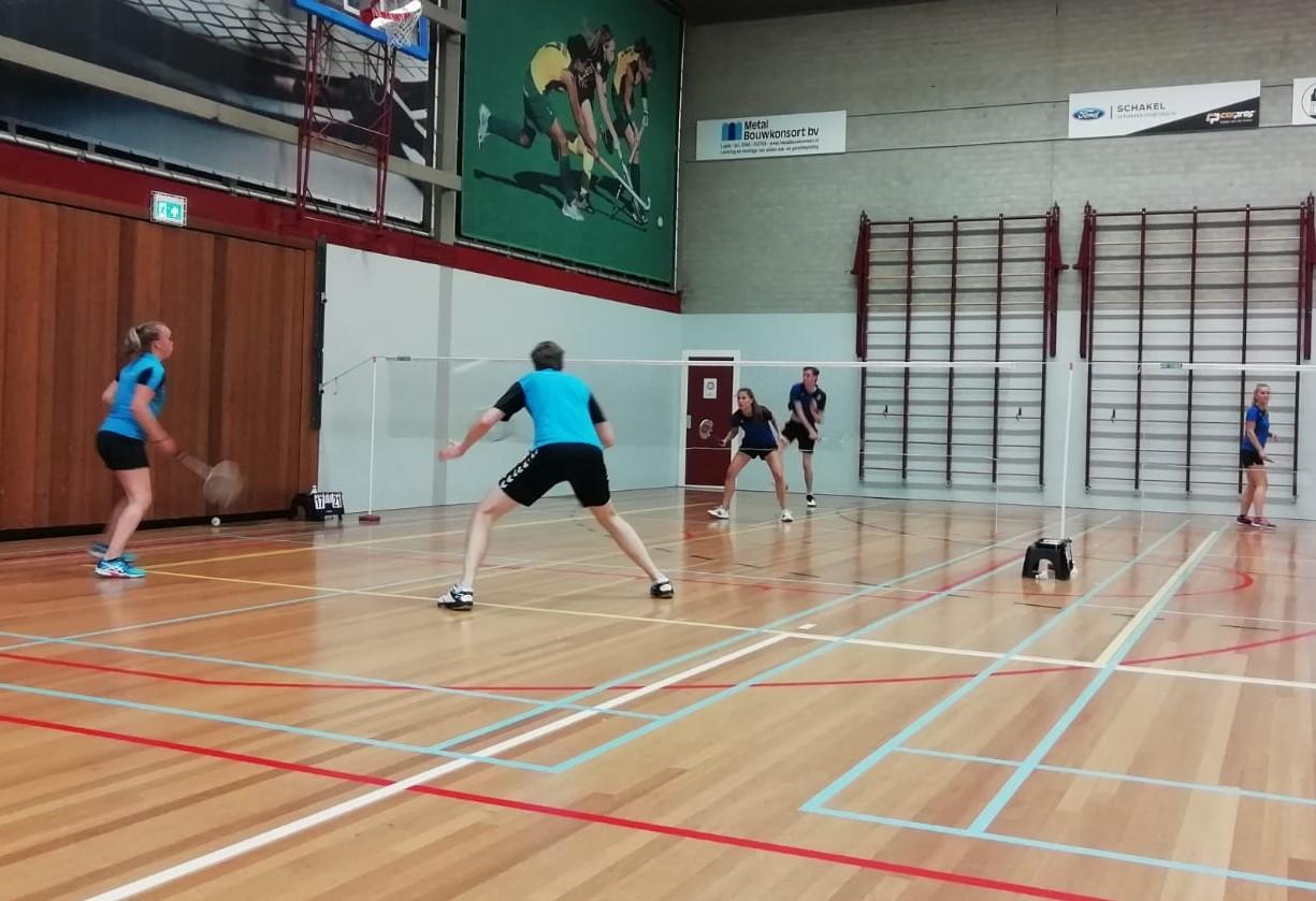 Eerste wedstrijd Badminton seizoen 20/21: BCS 1 – Blue Sky 1