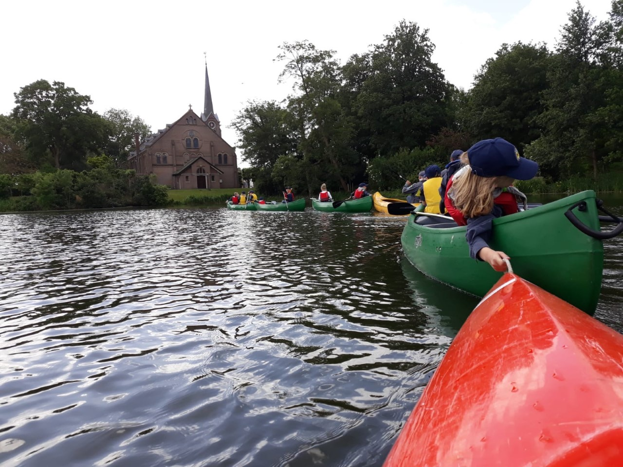 Nazomerfestival wordt afgesloten met kanoën op Grote Gracht