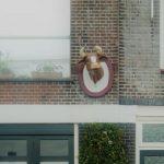 Ossekop van Lekkerkerk terug aan gevel Voorstraat
