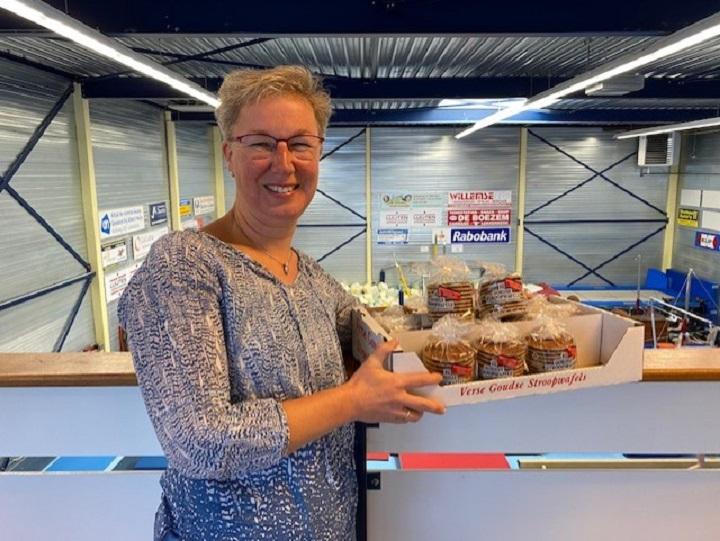 Stroopwafelactie KdO Lekkerkerk beleeft bijzondere jubileumeditie