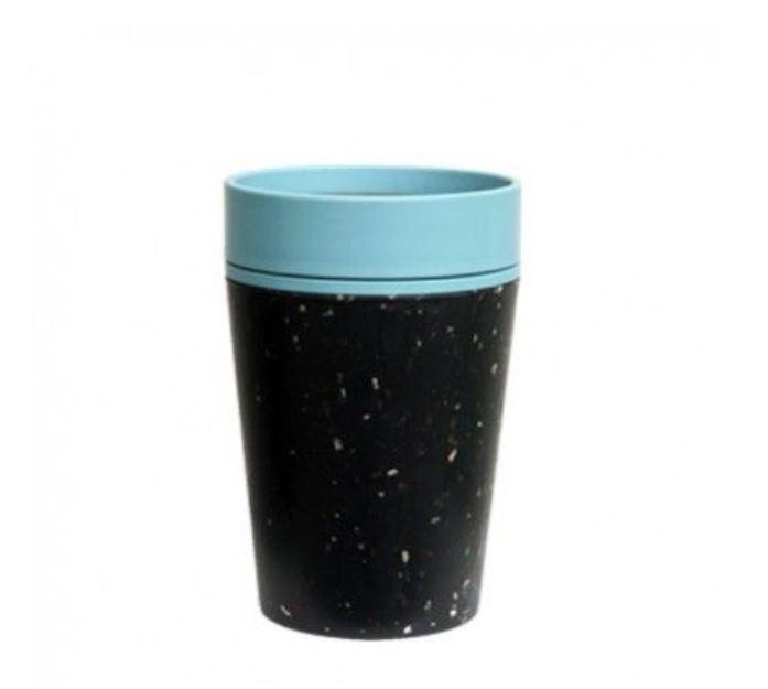 Herbruikbare koffiebekers van gerecycled materiaal