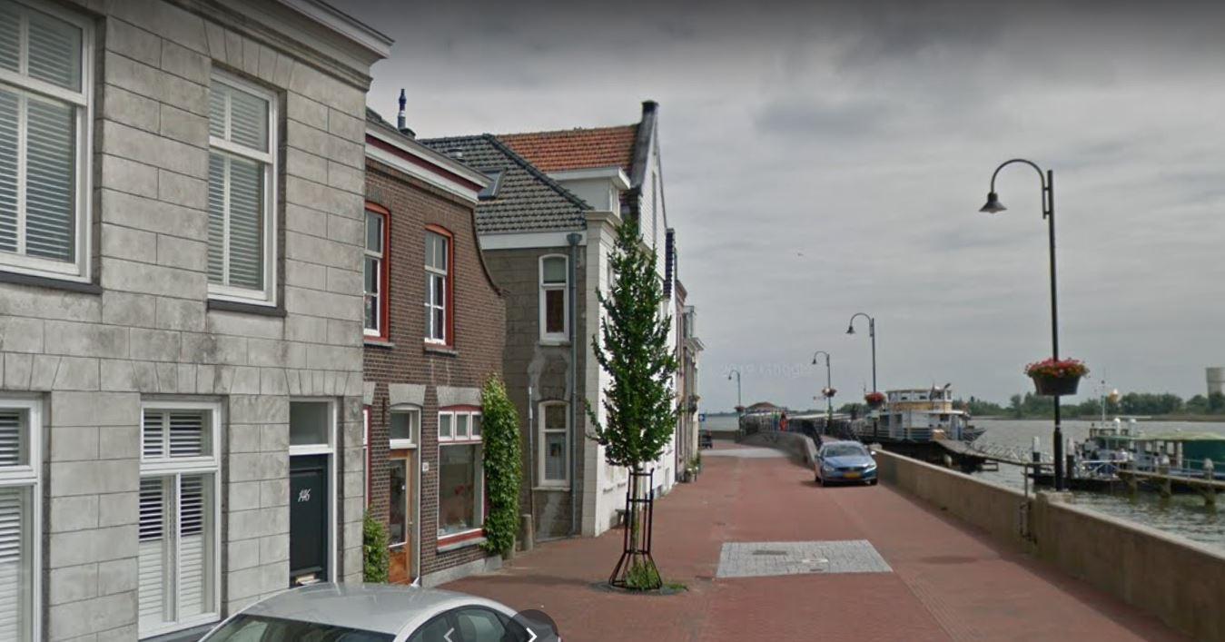 Vragen over huisvesting arbeidsmigranten aan Voorstraat Lekkerkerk