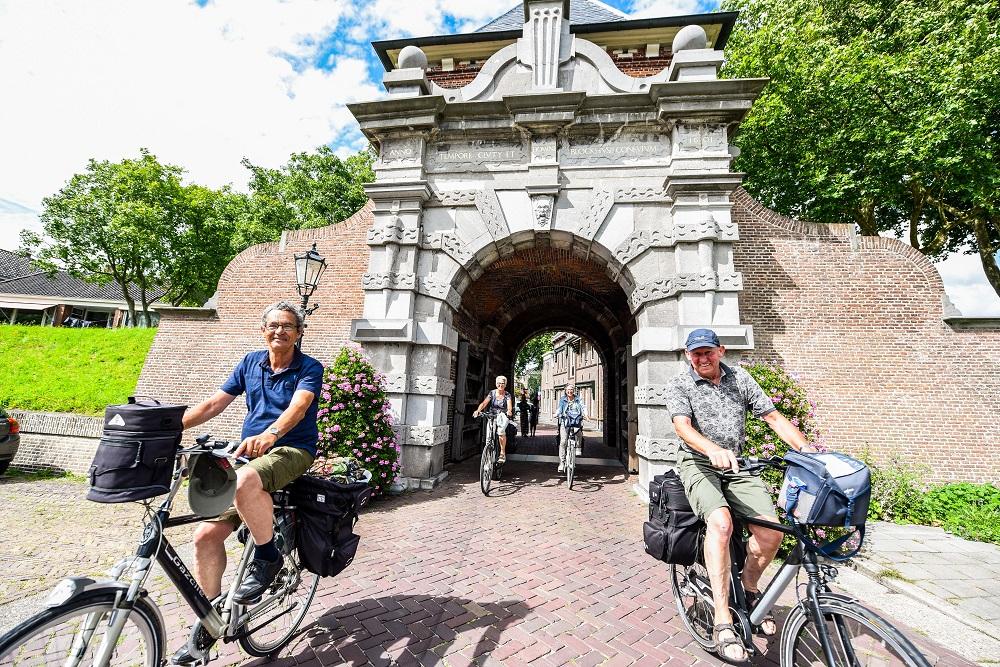 Wel of geen paal in Veerpoort Schoonhoven?
