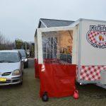 Arie Kok zit niet stil: maaltijd afhalen bij 'Kokkie's drive-in'