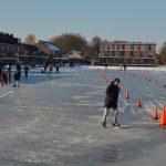 Ouderkerkse ijsclub waagt het erop, ijsbaan is open