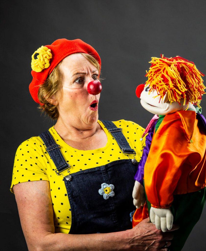 Clown Doortje brengt vreugde en een waardevol geluksmoment