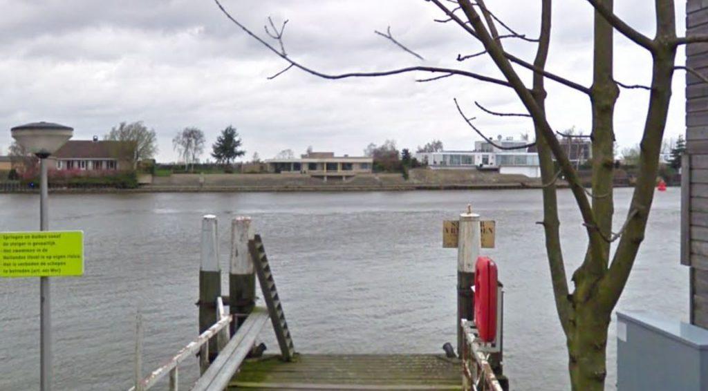 Optreden tegen zwemmen in IJssel: 'Jongeren zien gevaren van rivier niet'