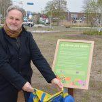 Lionsclub Krimpen aan den IJssel zet de bloemetjes buiten