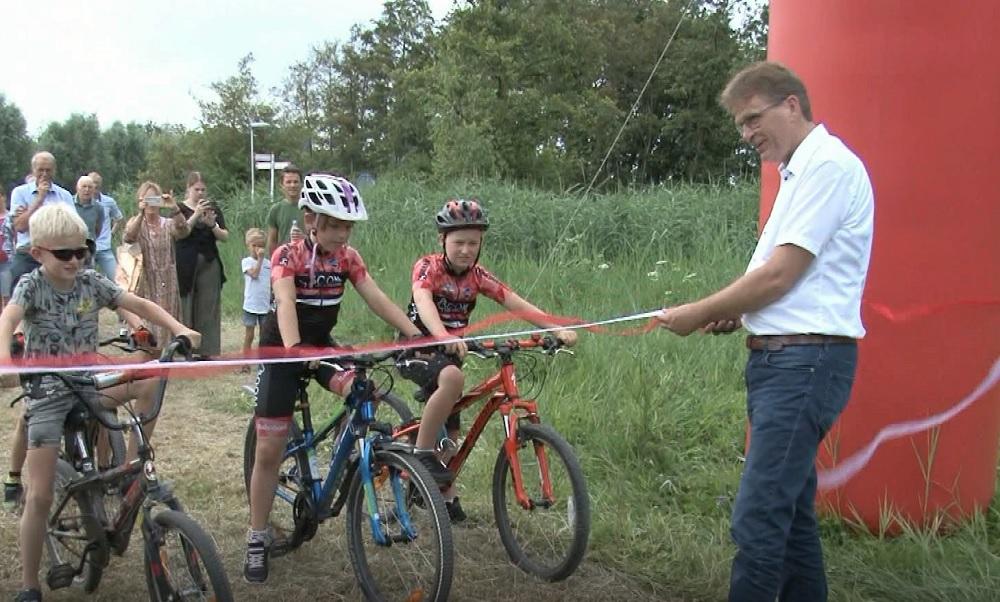 Mountainbikeroute Krimpenerwaard officieel open: sport, recreatie en natuur komen samen (video)