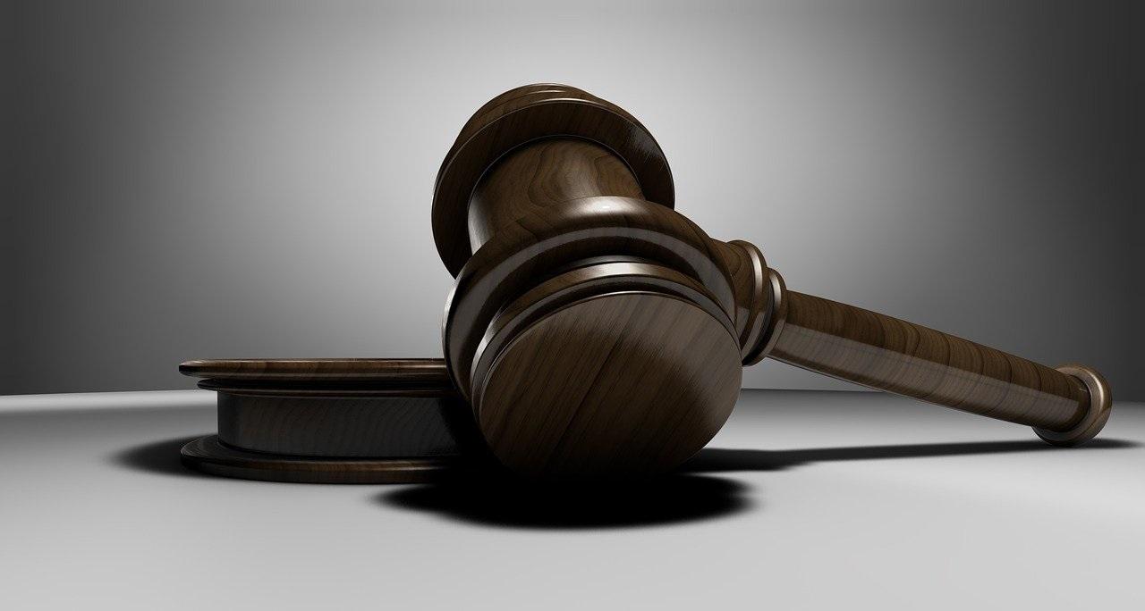 Eis: acht jaar celstraf en tbs voor bijna doodsteken vrouw in ziekenhuis