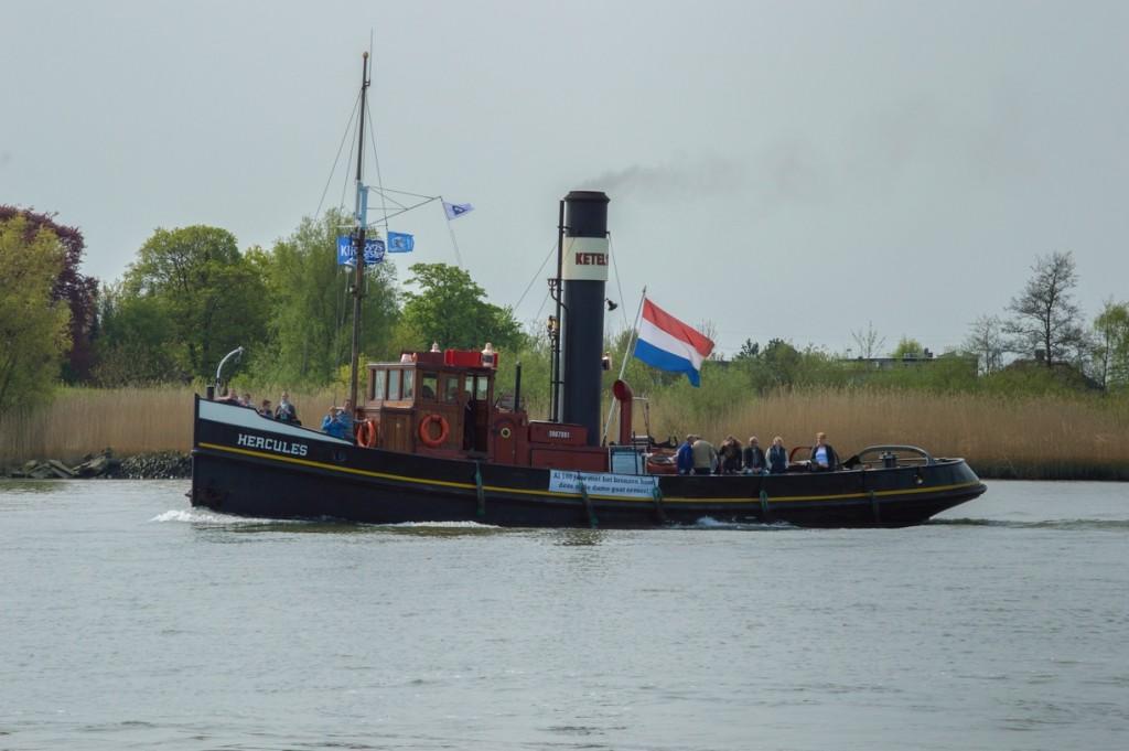 De drukbevaren Stoomboot 'Hercules'. (Foto: Bas de Zeeuw)